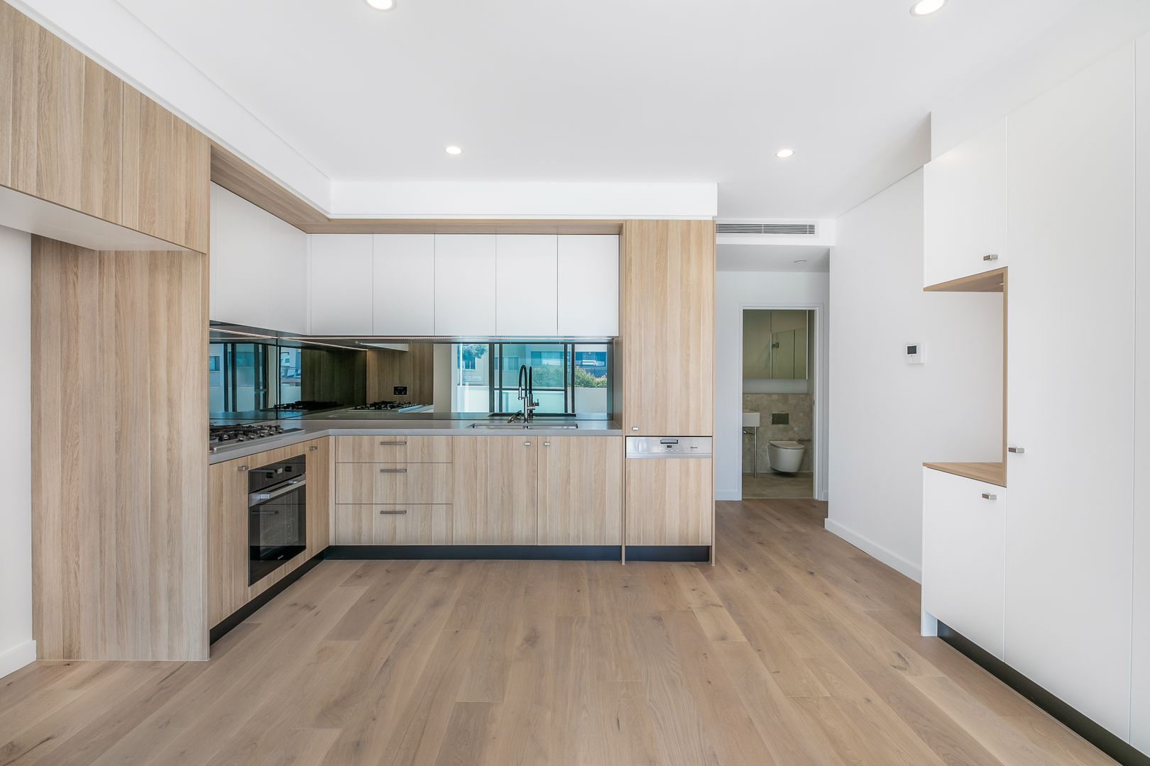 12/5 Gurrier Avenue, Miranda NSW 2228, Image 1