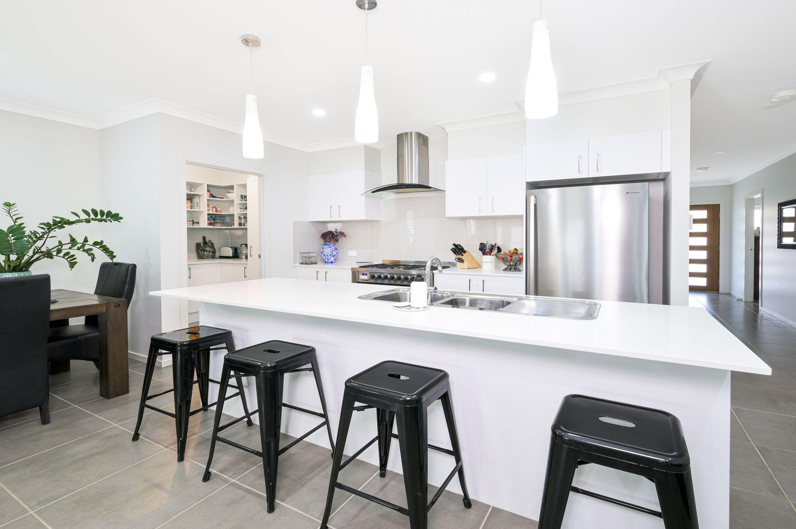 52 Yallambi Street, Picton NSW 2571, Image 2