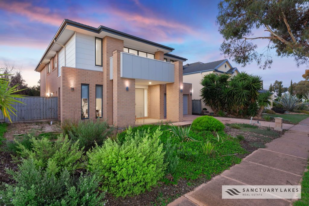 33 South Shore Avenue, Sanctuary Lakes VIC 3030, Image 0