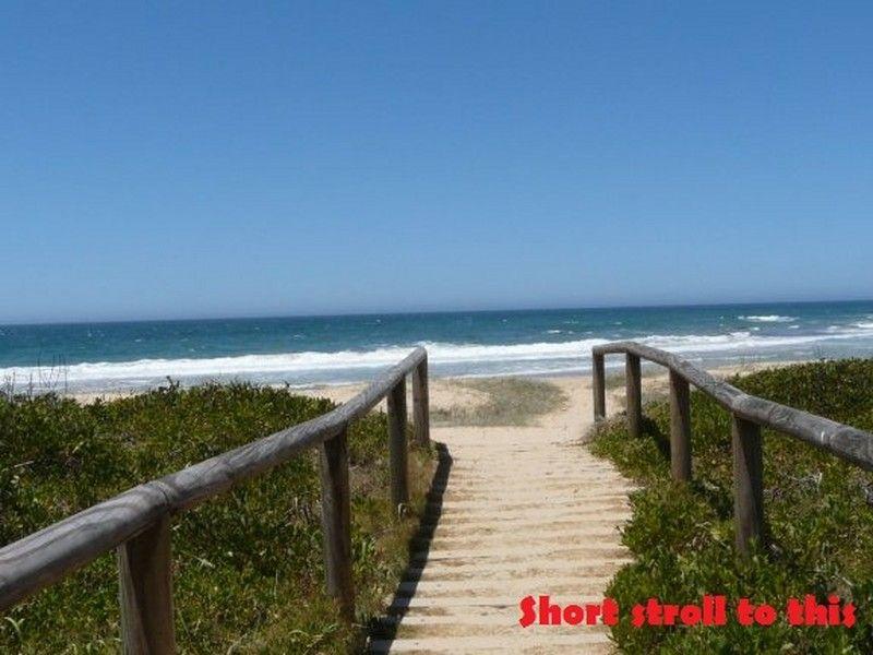27 Anniversary Drive, Diamond Beach NSW 2430, Image 2