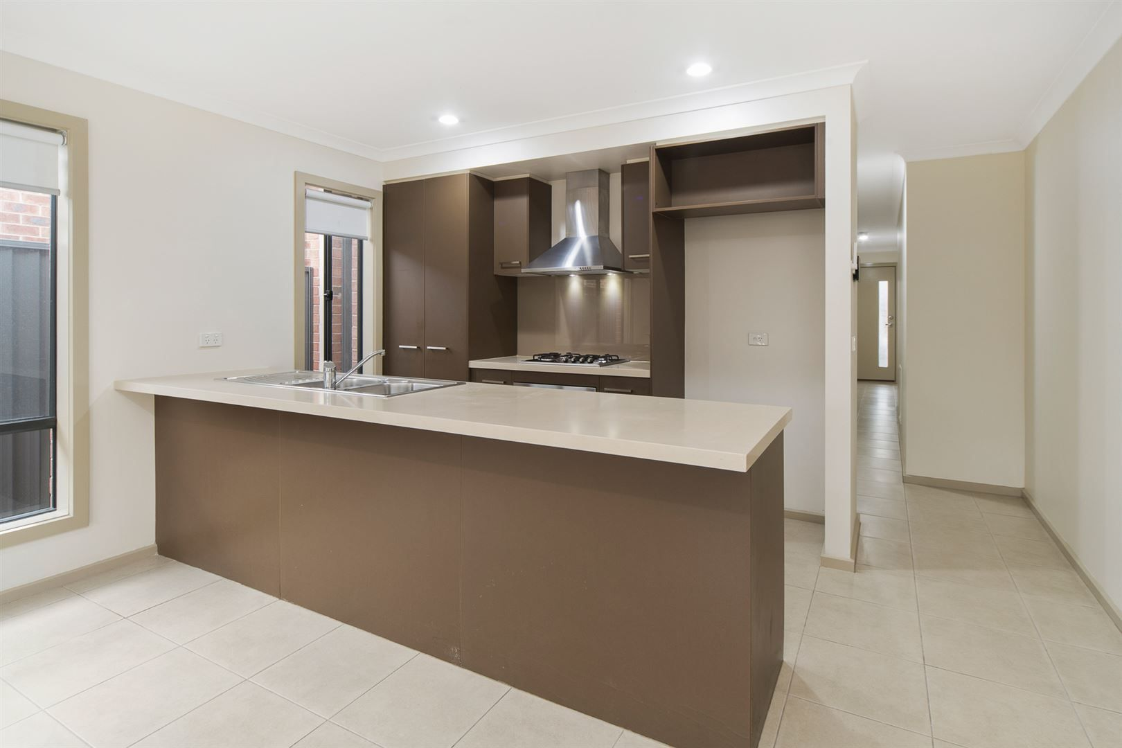 32 Jupiter Crescent, Cranbourne West VIC 3977, Image 0