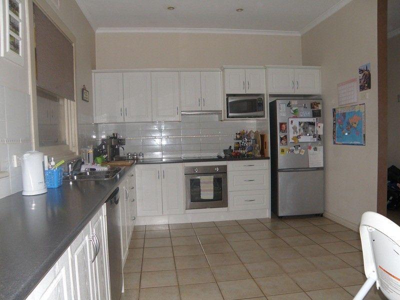 16 Abbeville Terrace, Marion SA 5043, Image 2