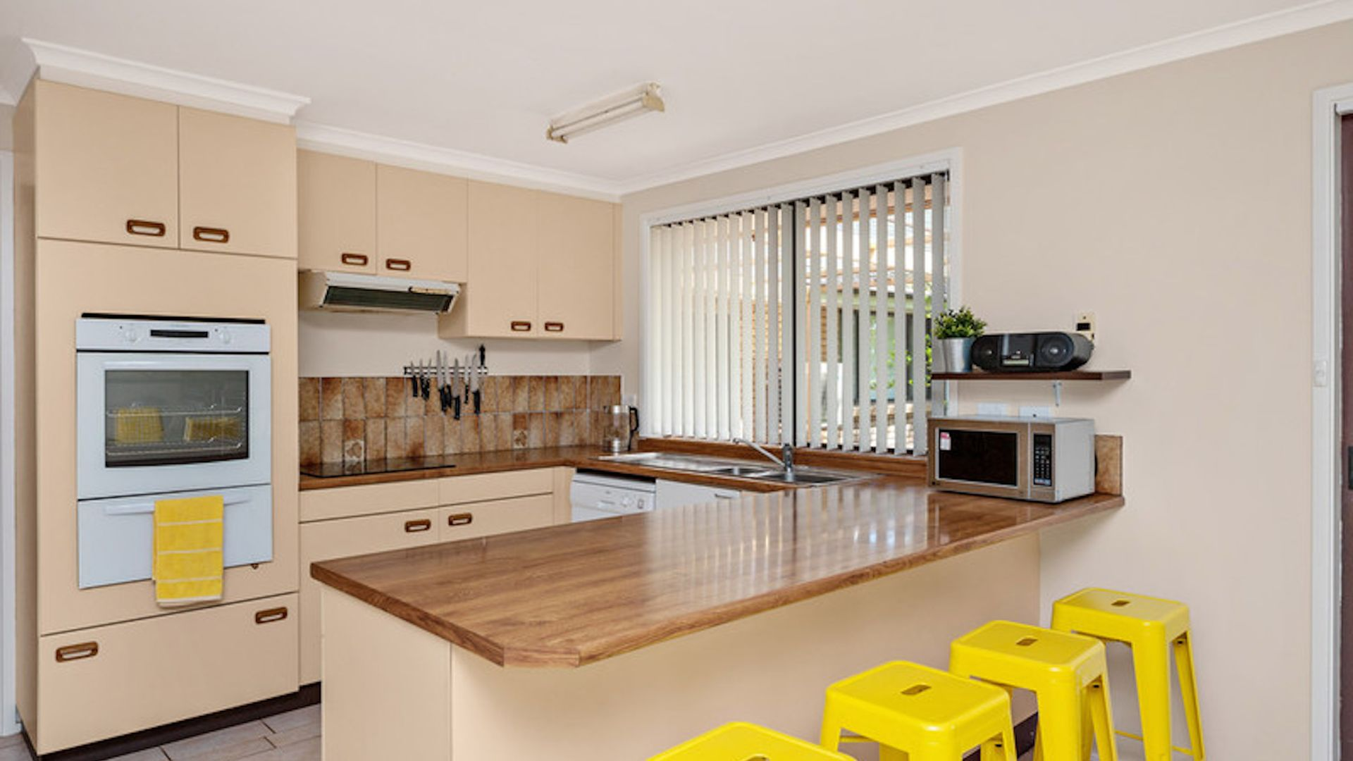 17 Austen Street, Cunjurong Point NSW 2539, Image 2