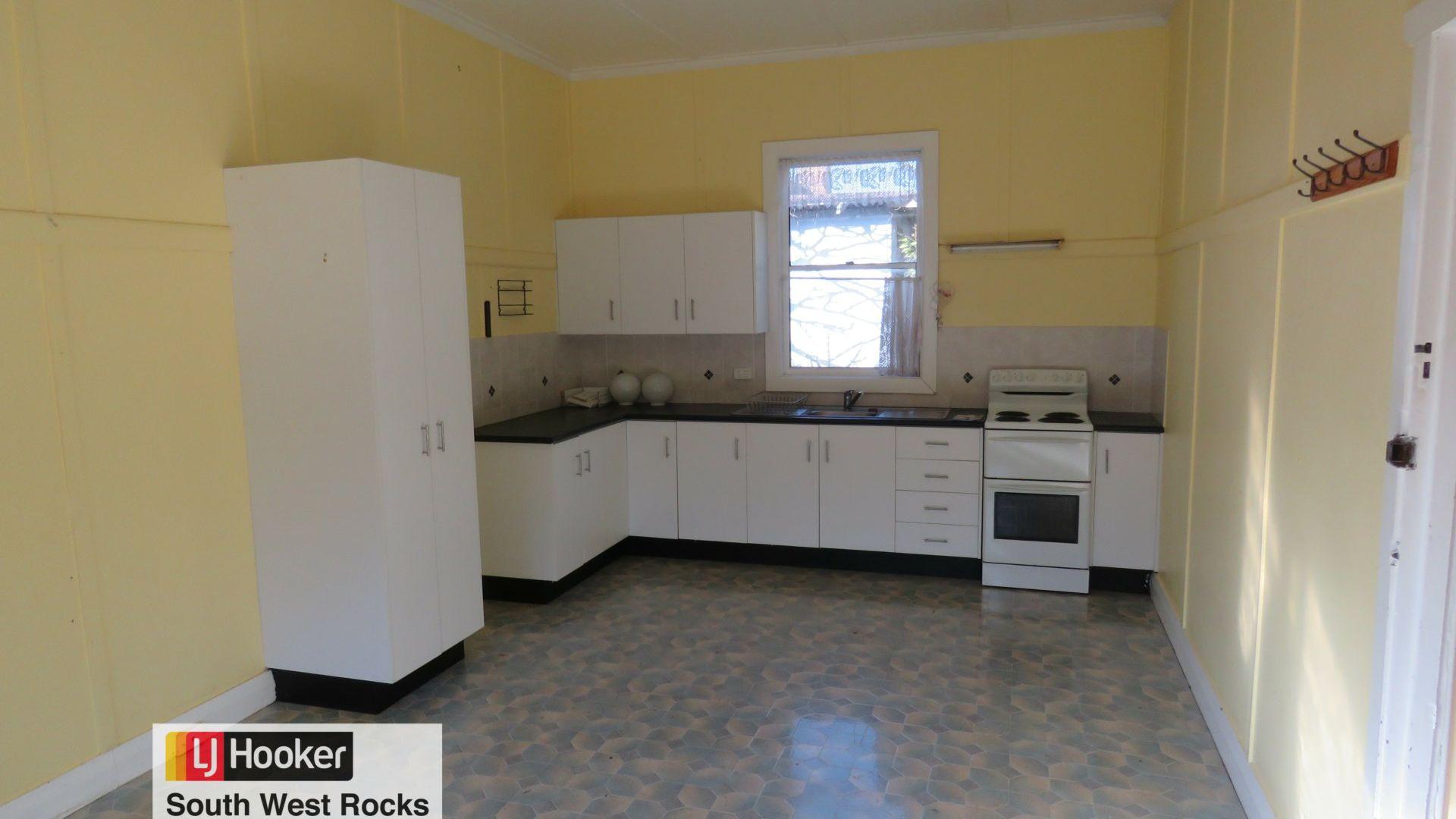 6 Carroll Street, South West Rocks NSW 2431, Image 2