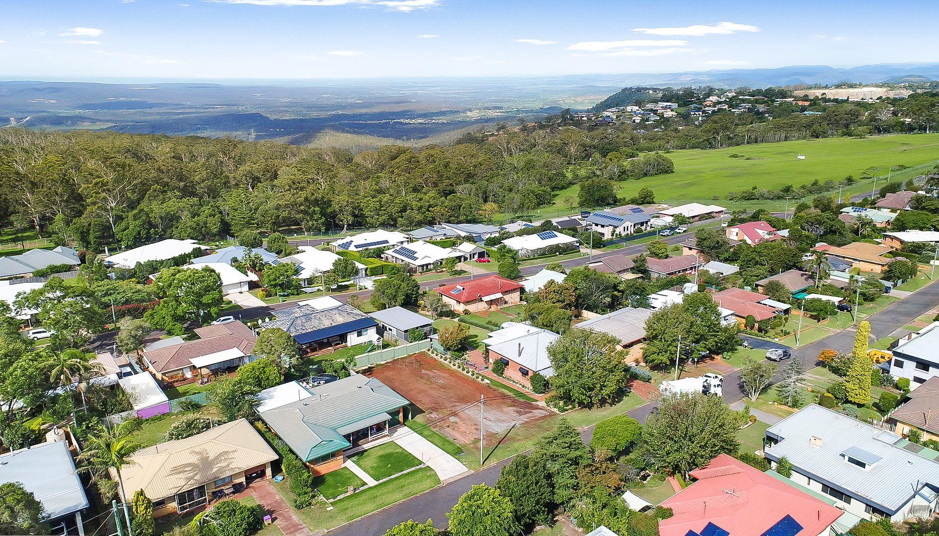 6 Bingara Street, Mount Lofty QLD 4350, Image 0