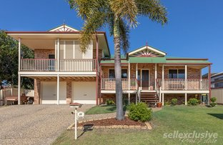 Picture of 44 Headsail Drive, Banksia Beach QLD 4507