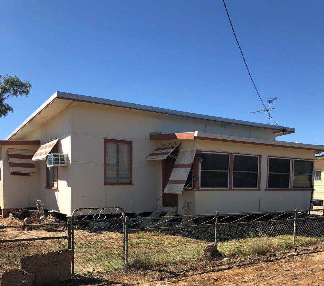 27 Chirnside Street, Winton QLD 4735, Image 0