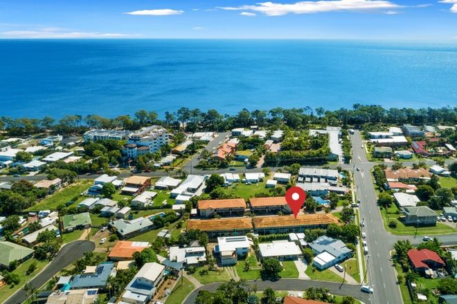 Picture of 11/13-15 Ann Street, TORQUAY QLD 4655