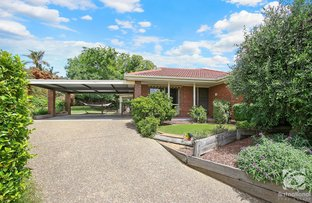 Picture of 4 Lyons Place, West Wodonga VIC 3690