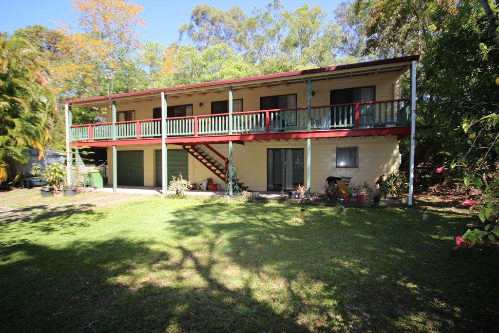 4 Leach Avenue, Landsborough QLD 4550, Image 0