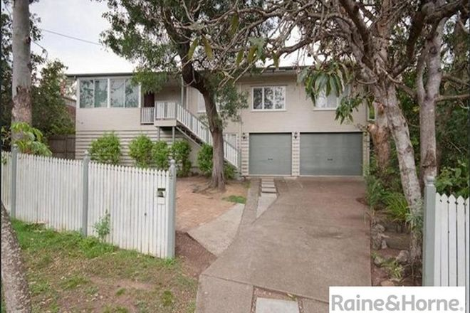 Picture of 4 Sutling Street, CHAPEL HILL QLD 4069