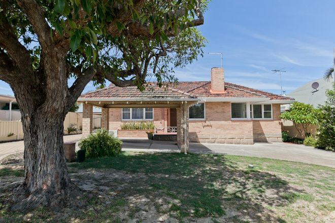 Picture of 30 Davy Street, ALFRED COVE WA 6154