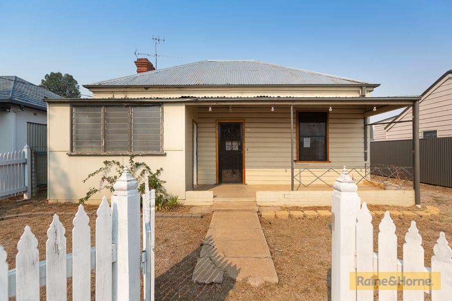 9 Denne Street, Tamworth NSW 2340, Image 0