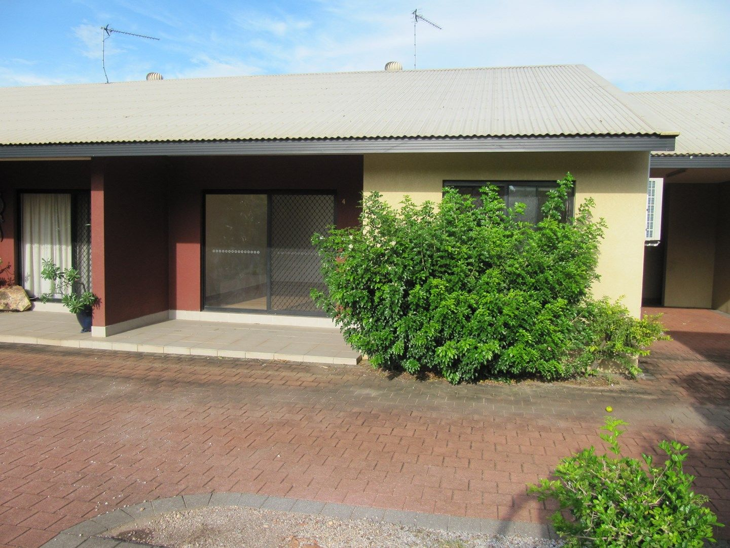 4/2 Fleming Street, The Narrows NT 0820, Image 0