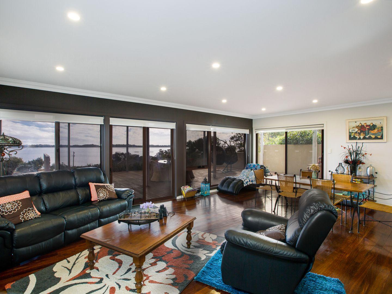 27 Carpenter Terrace, Australind WA 6233, Image 2