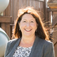 Jackie Scott, Director & Sales Consultant