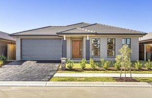 11 Sugarloaf Crescent, Colebee NSW 2761