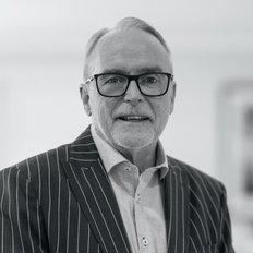 Mark Ritchie, Sales representative