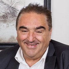 Con Lazogas, Sales representative