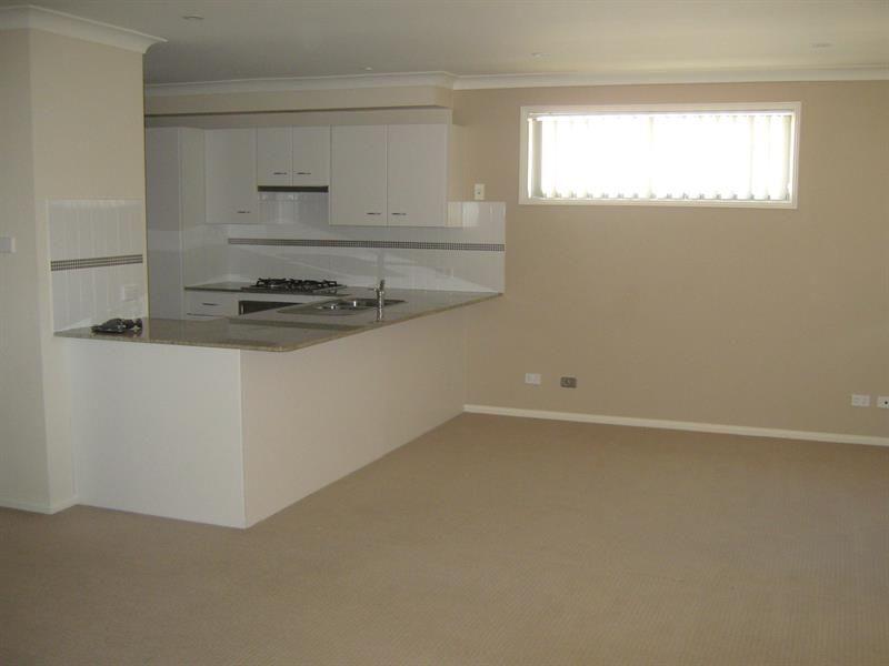 1/24 Churchill Circuit, Hamilton South NSW 2303, Image 1