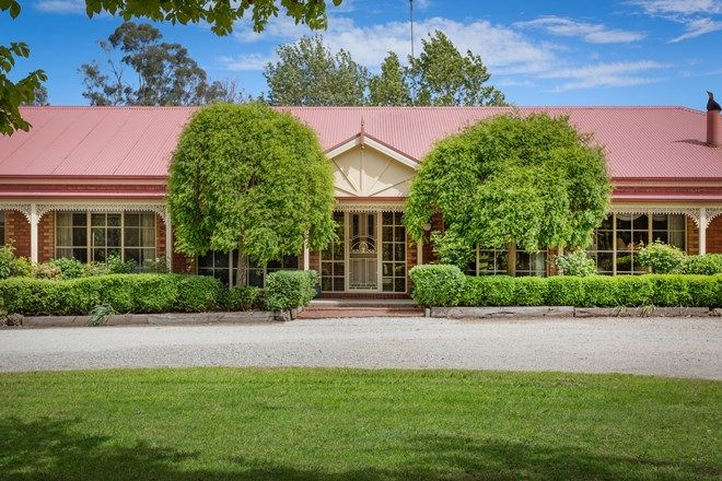 Picture of 295 Army Road, PAKENHAM VIC 3810