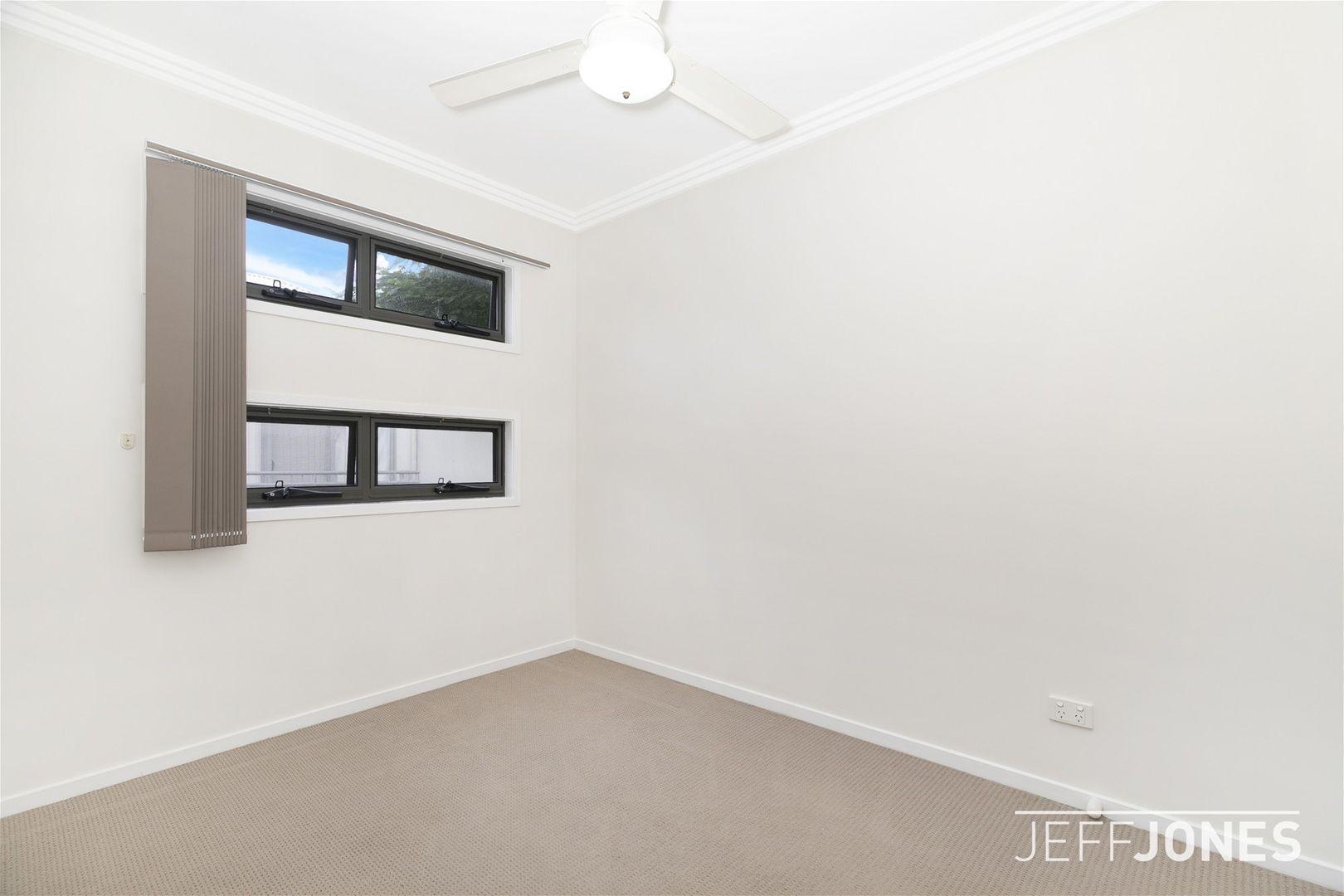 7/127 Ekibin Road, Annerley QLD 4103, Image 1