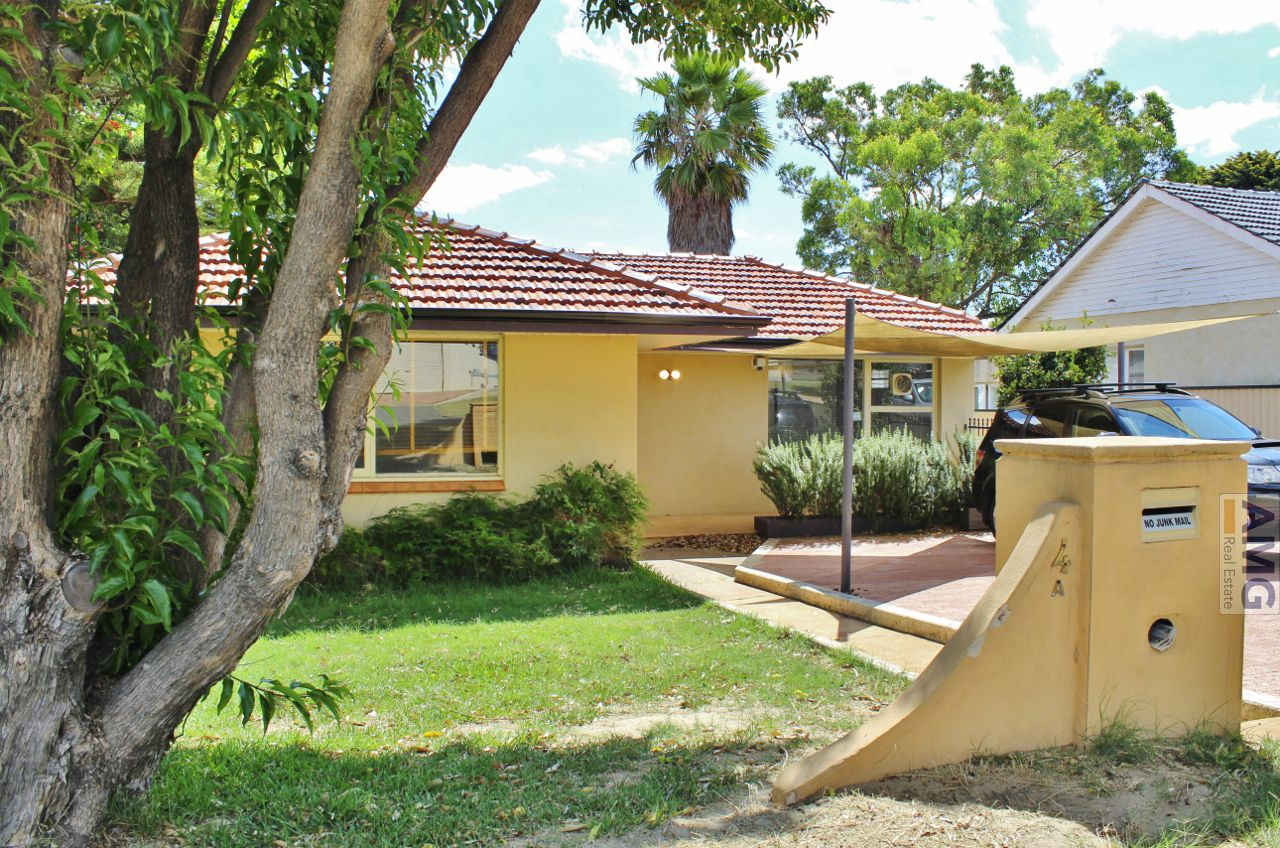 4a Woodley Crescent, Melville WA 6156, Image 1