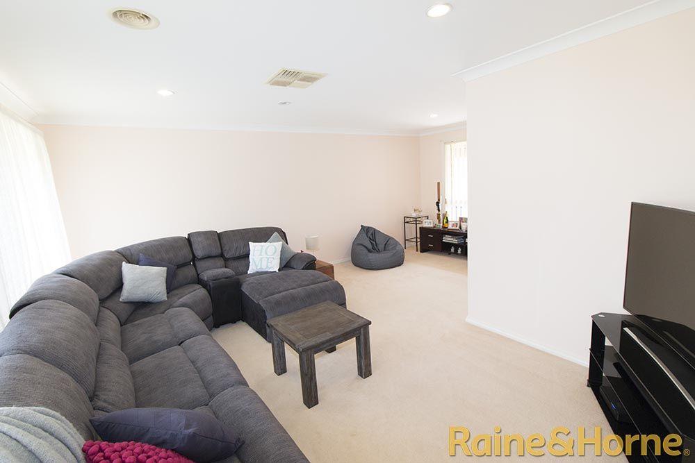 4 Kookaburra Close, Dubbo NSW 2830, Image 1