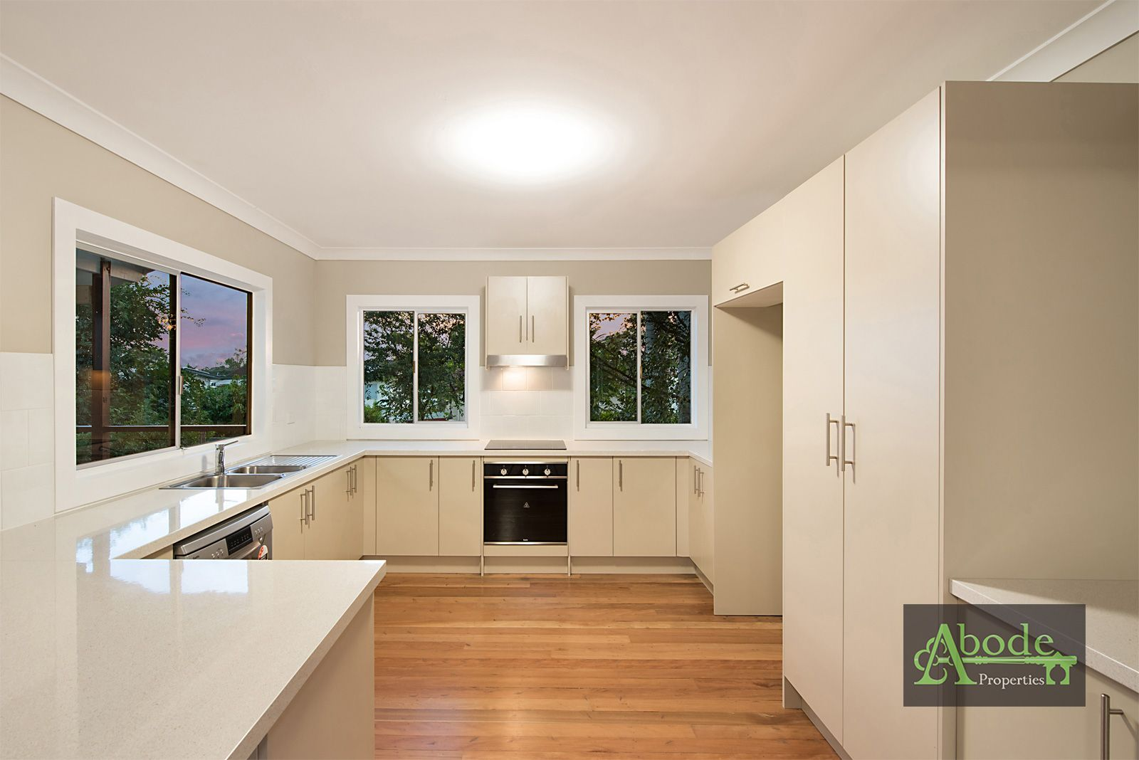 10 Apex Avenue, Kippa-Ring QLD 4021, Image 2