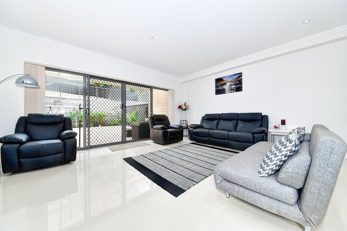 7 Warwick Rd, Dundas Valley NSW 2117, Image 1