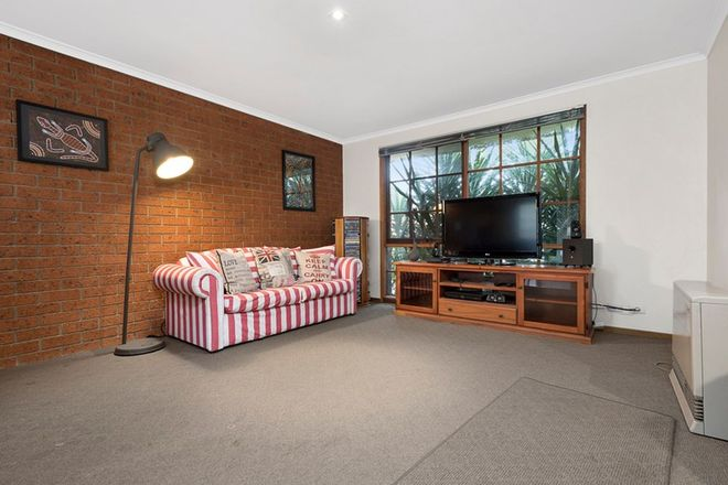 Picture of 2/41 Pasley Street, SUNBURY VIC 3429