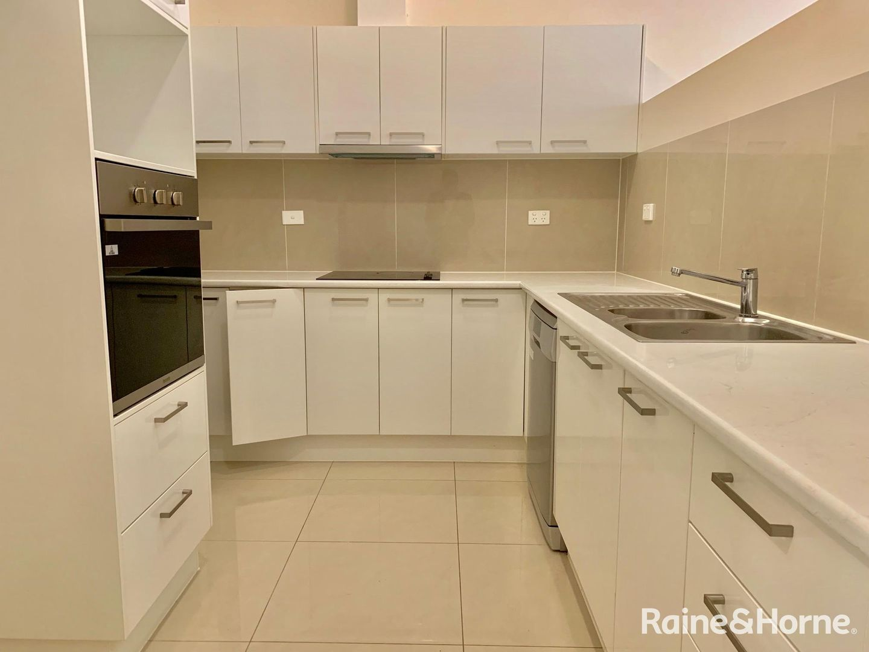 1/18 Sapium Street, Kingston QLD 4114, Image 1