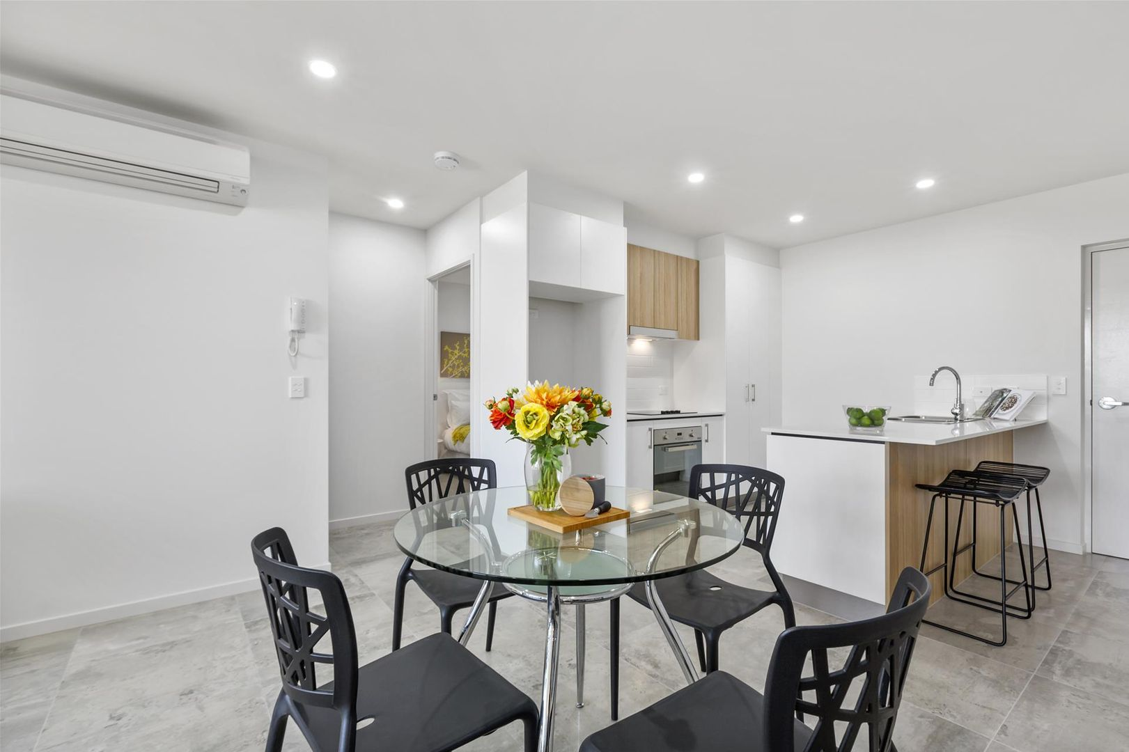 201/61 Ellen Street, Oxley QLD 4075, Image 1
