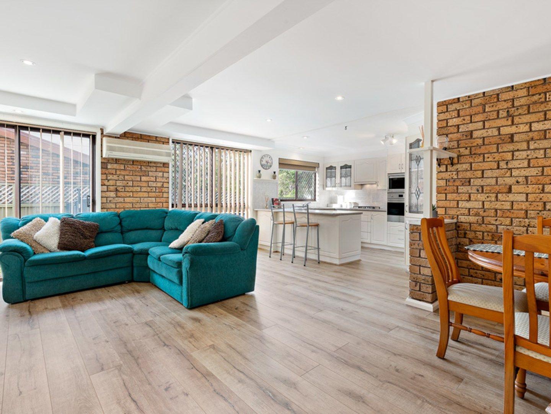 12 Roebourne Street, Yarrawarrah NSW 2233, Image 1