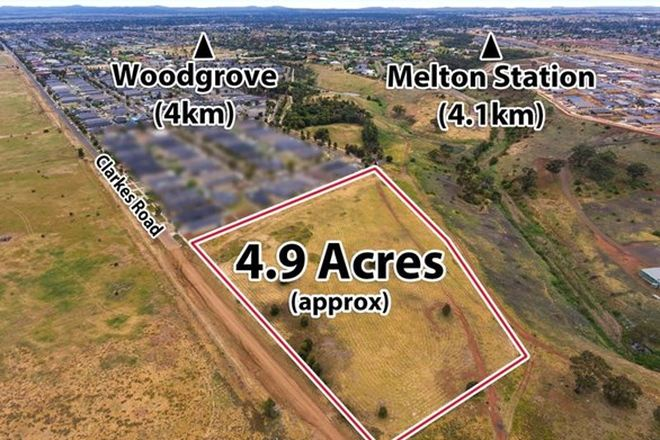 Picture of 350 Clarkes Road, MELTON SOUTH VIC 3338