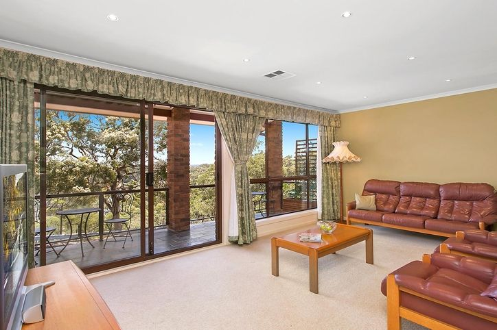 15 Lavender Place, ALFORDS POINT NSW 2234, Image 2