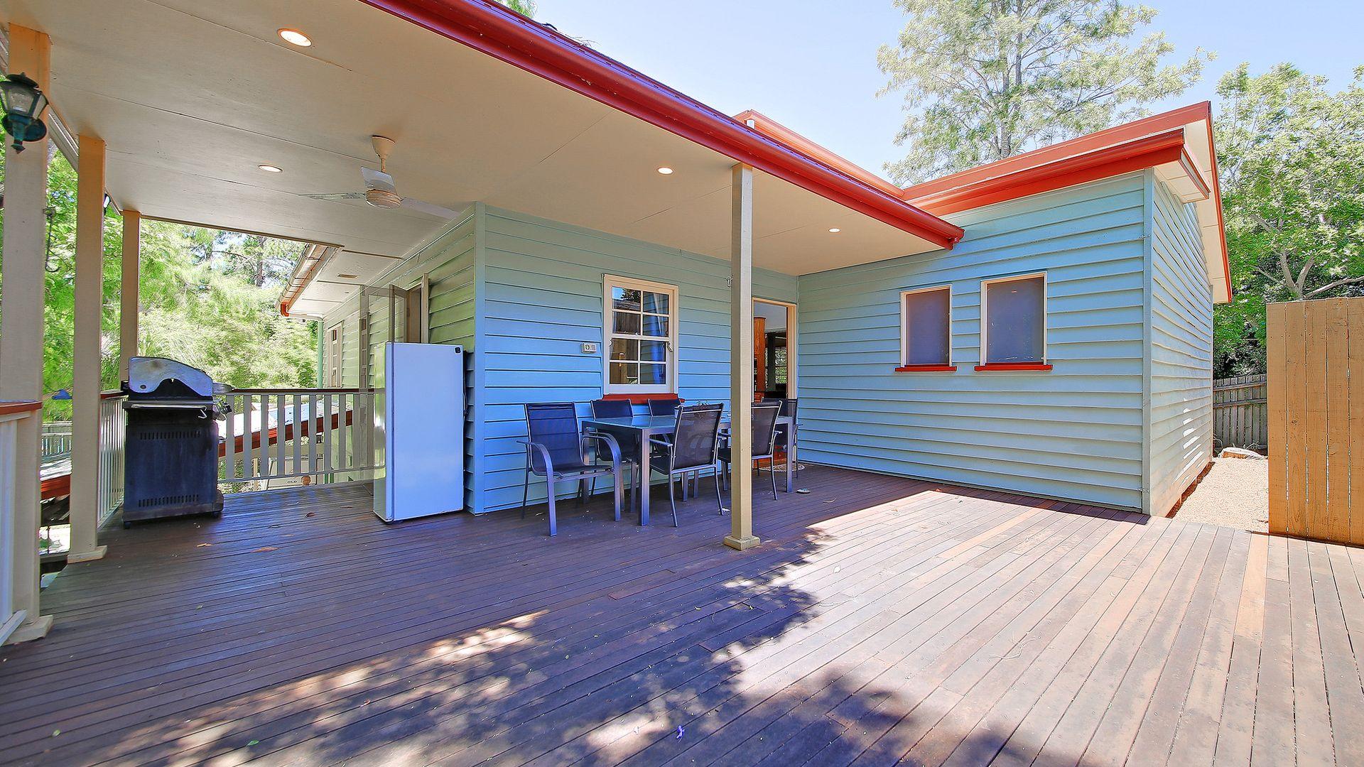 24 Perihelion Street, Coorparoo QLD 4151, Image 2