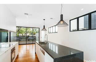 Picture of 2/11 Walter Street, Bulimba QLD 4171