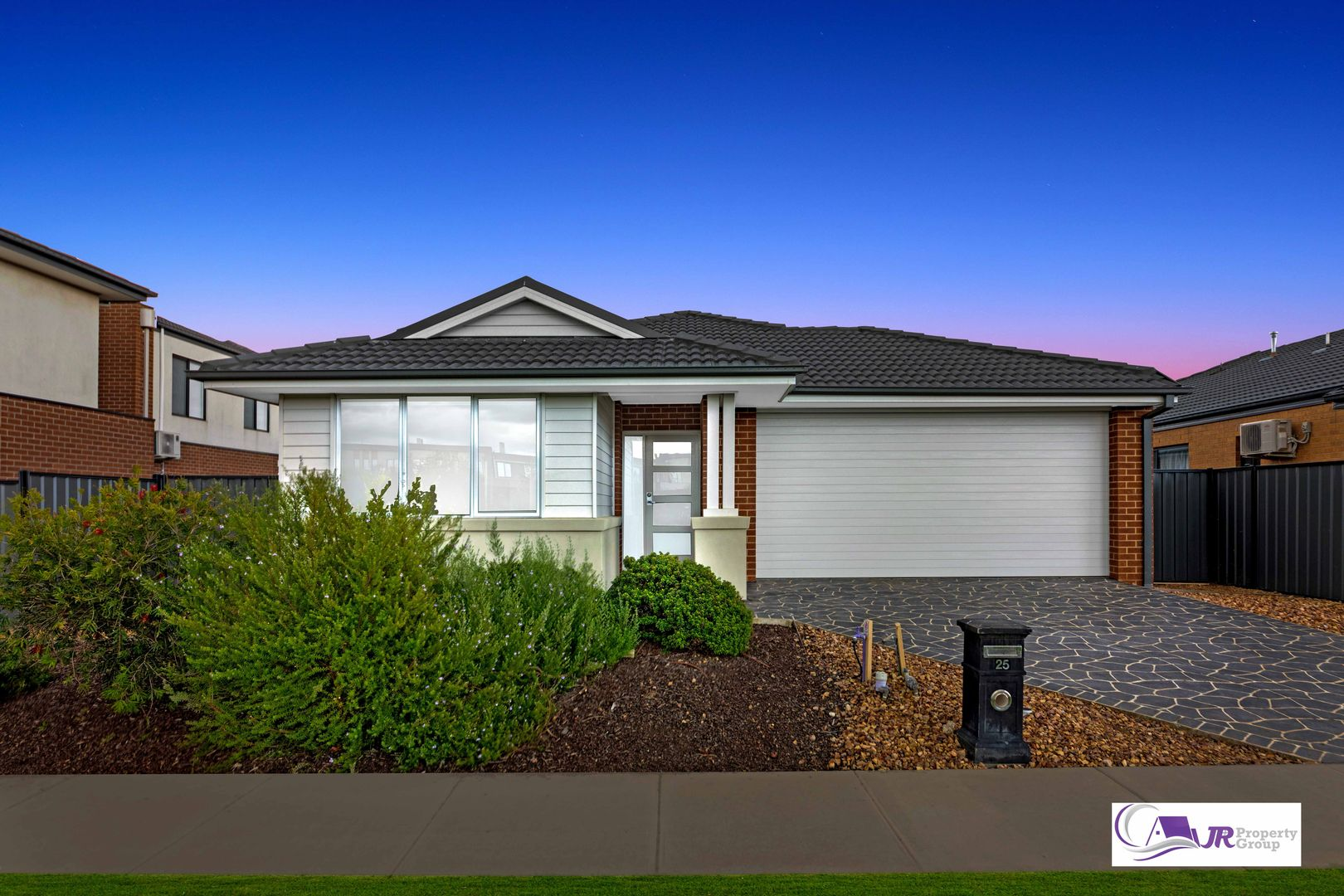 25 Marwedel Avenue, Clyde North VIC 3978, Image 0