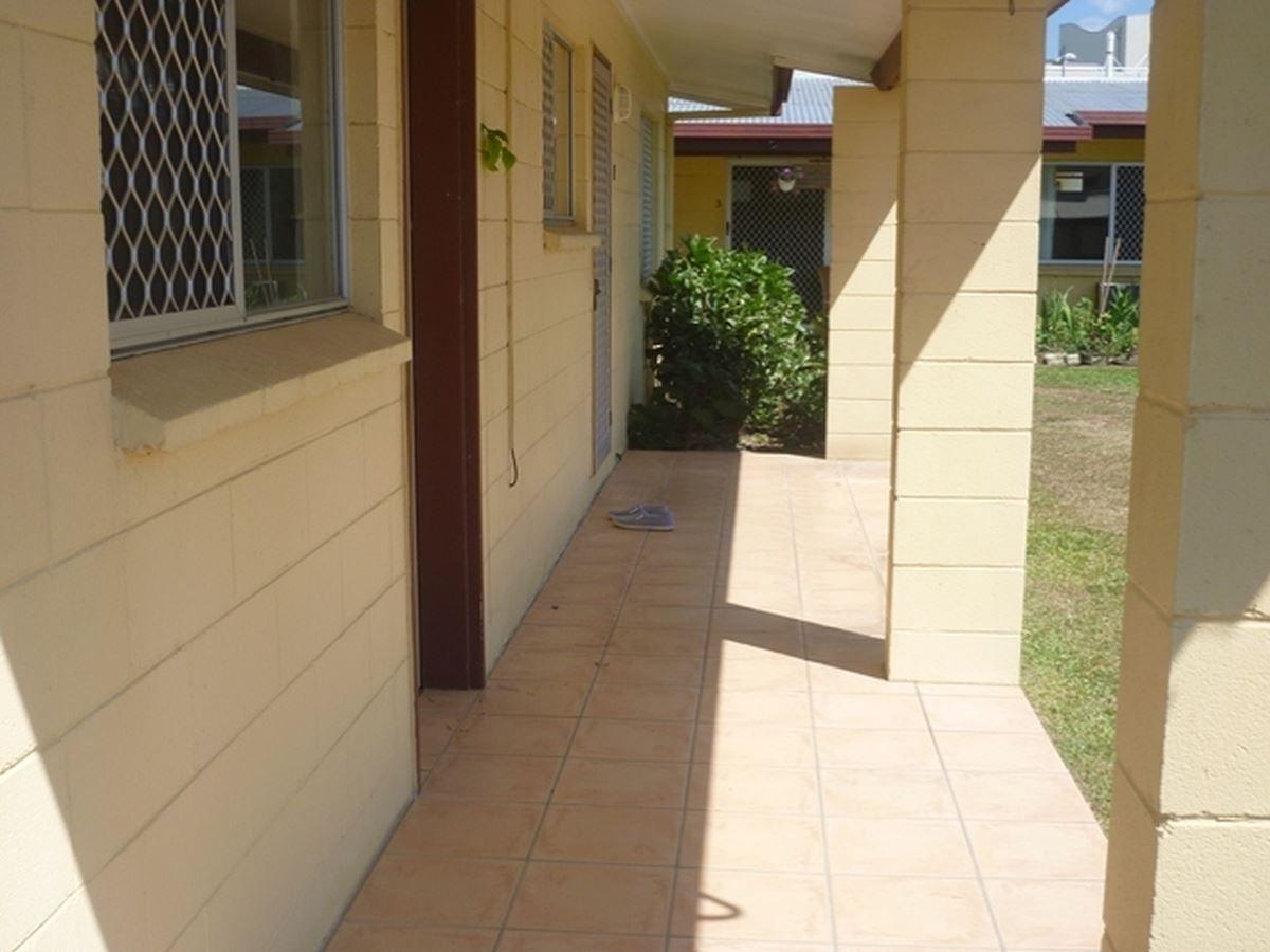 1/65 Ishmael Road, Earlville QLD 4870, Image 1