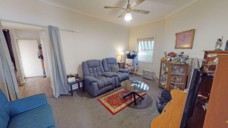 26 Regent St, Junee NSW 2663, Image 2