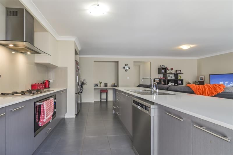 40 Lapwing St, Aberglasslyn NSW 2320, Image 1
