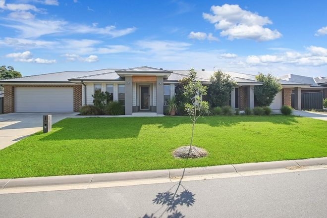 Picture of 3 & 5 Clearwater Place, THURGOONA NSW 2640
