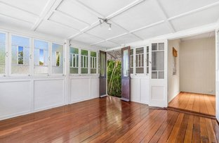 Picture of 688 Logan Rd, Greenslopes QLD 4120