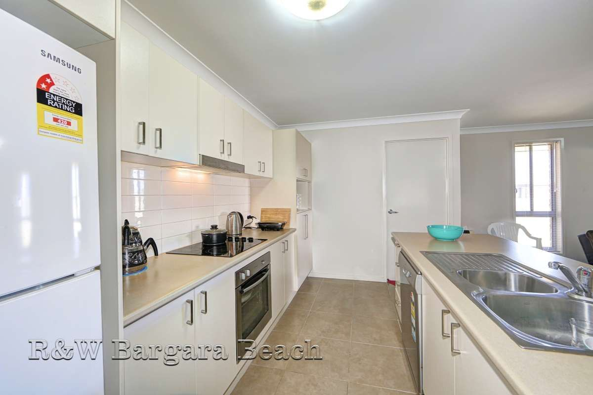 4 Villa Court, Ashfield QLD 4670, Image 2