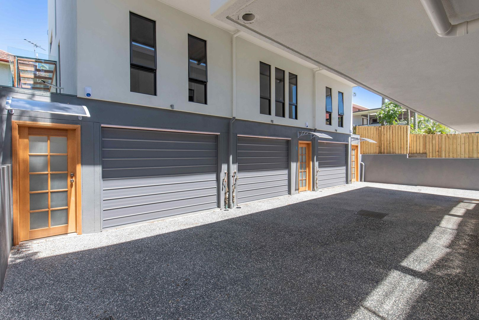 16 Dempsey Street, Annerley QLD 4103, Image 1