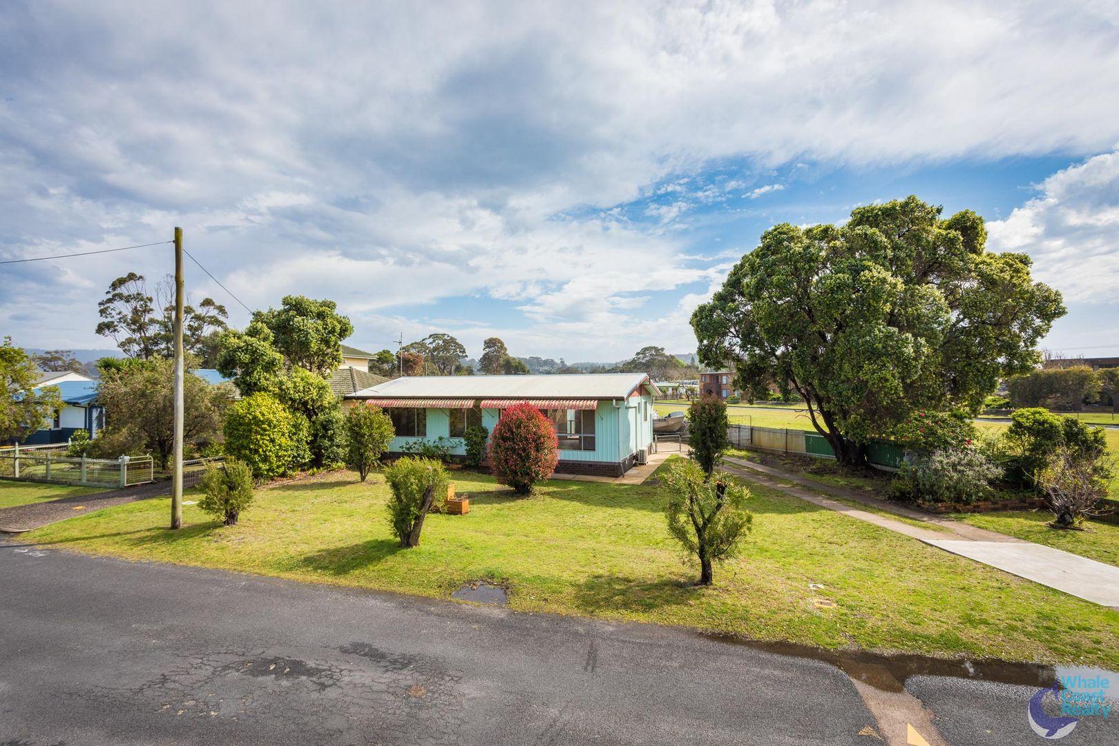 2 Hyland Avenue, Narooma NSW 2546, Image 0