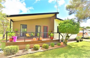 Picture of 28 Pharlap Street, Russell Island QLD 4184