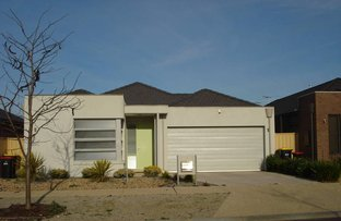 Picture of 10 Holland Way, Caroline Springs VIC 3023