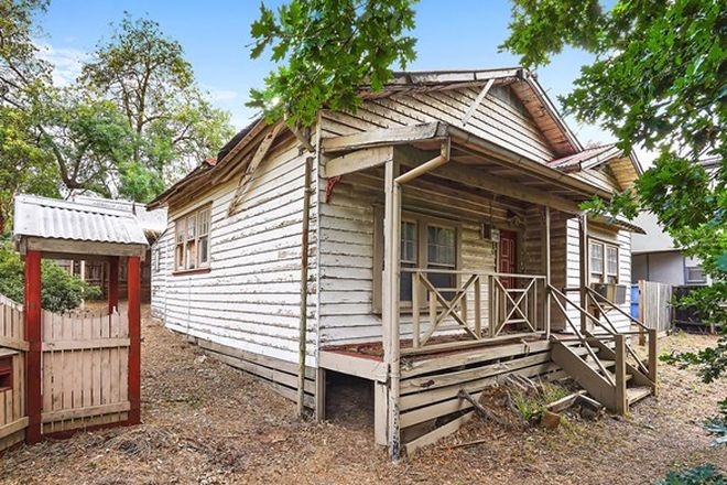 Picture of 523 Main Road, ELTHAM VIC 3095